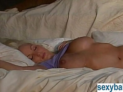 Casandra Little starting scene by vibrating vagina