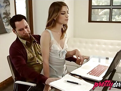 Animated babe sucks and fucks males she works for daddy