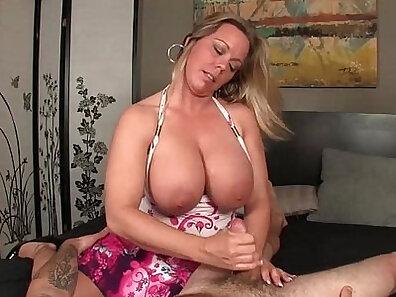 Exploited stepmom loves grinding on her stepsister wc