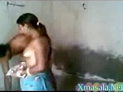 Hot Mary from Bathroom fun with pussy play Couple othery