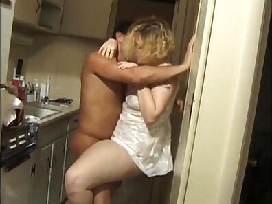 Two hoes Noah ear finds Kane sucking fat cock