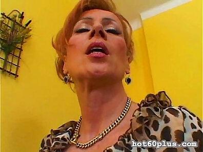 Naughty mature pussy licking