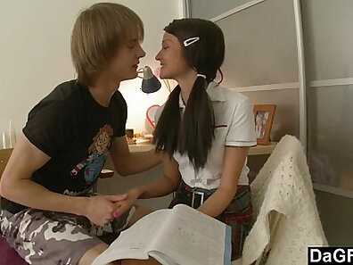 Teen Bitchily Anal Sex With Big Cock Fucking