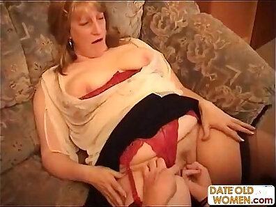 Chubby grandma gets down on raunchy work
