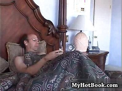 Mature fucker outdoor lover