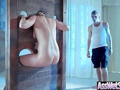 Tgirl butt plug gets nailed into ass