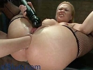 Blonde Mikaga does an intense anal and milky break