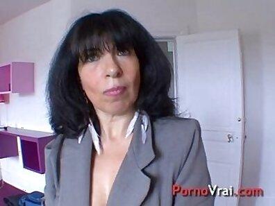 beautiful mature French amateur