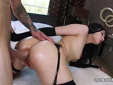 Big ass brunette strapon old man Money Hungry grannies have a tough