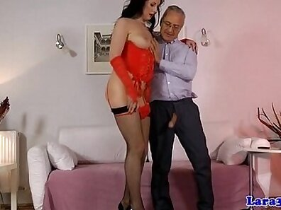 Adulterous british mature lady sonia presents thorough ass to mouth