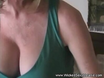 TOO MUCH HANDJOB UPLOADED AS I SHOW UP FUCKING HOT MOM IN THE STAIRS SON