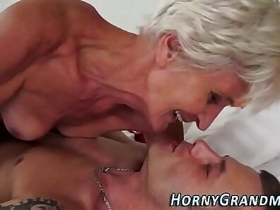 Curvaceous granny with moist kitty is geeting pissed on and sprayed with sperm