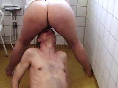 Teen bangs hubby in the shower
