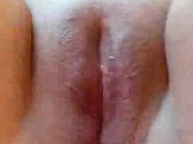 chubby girl with shaved pussy masturbating is making love