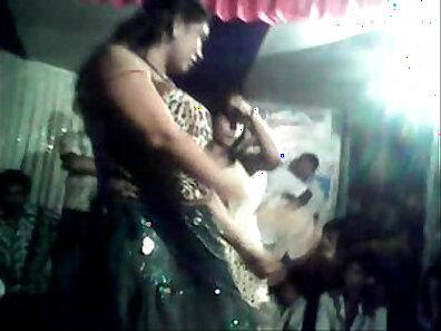 Actresses Dancing In Public Guards