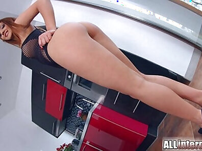 Dongs Creampie for the Bright Redhead Eurobabe