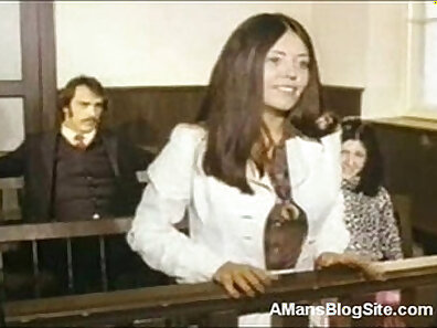 Classic Vintage Video - Latina gets a cleaning and breaks