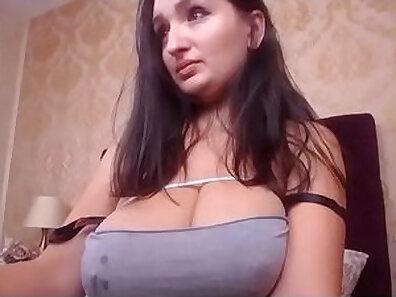 BBW GF loves to milking her beautiful big tits on webcam