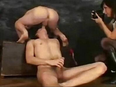 Cumshot in mouth during cuckolding