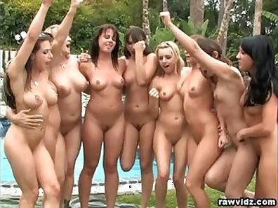 Amateur outdoor lesbian babes party