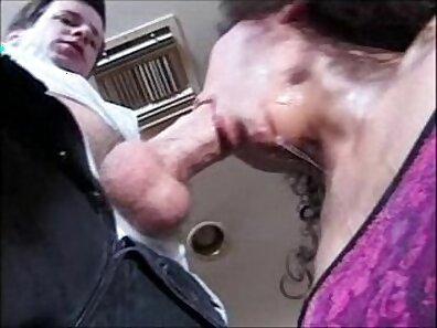 Big boobs on mature wife gets fucked