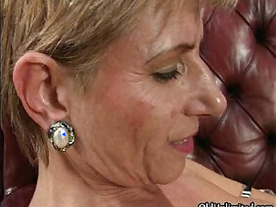 Crazy mature lesbian orgy in the storage room with Sierra and Simone