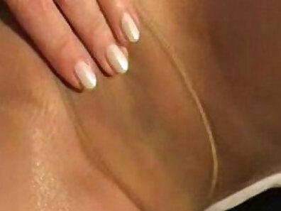 Tight Girls In Yellow Pantyhose Masturbation