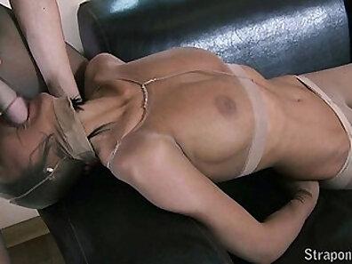 Big fetish dick pumping in pantyhose